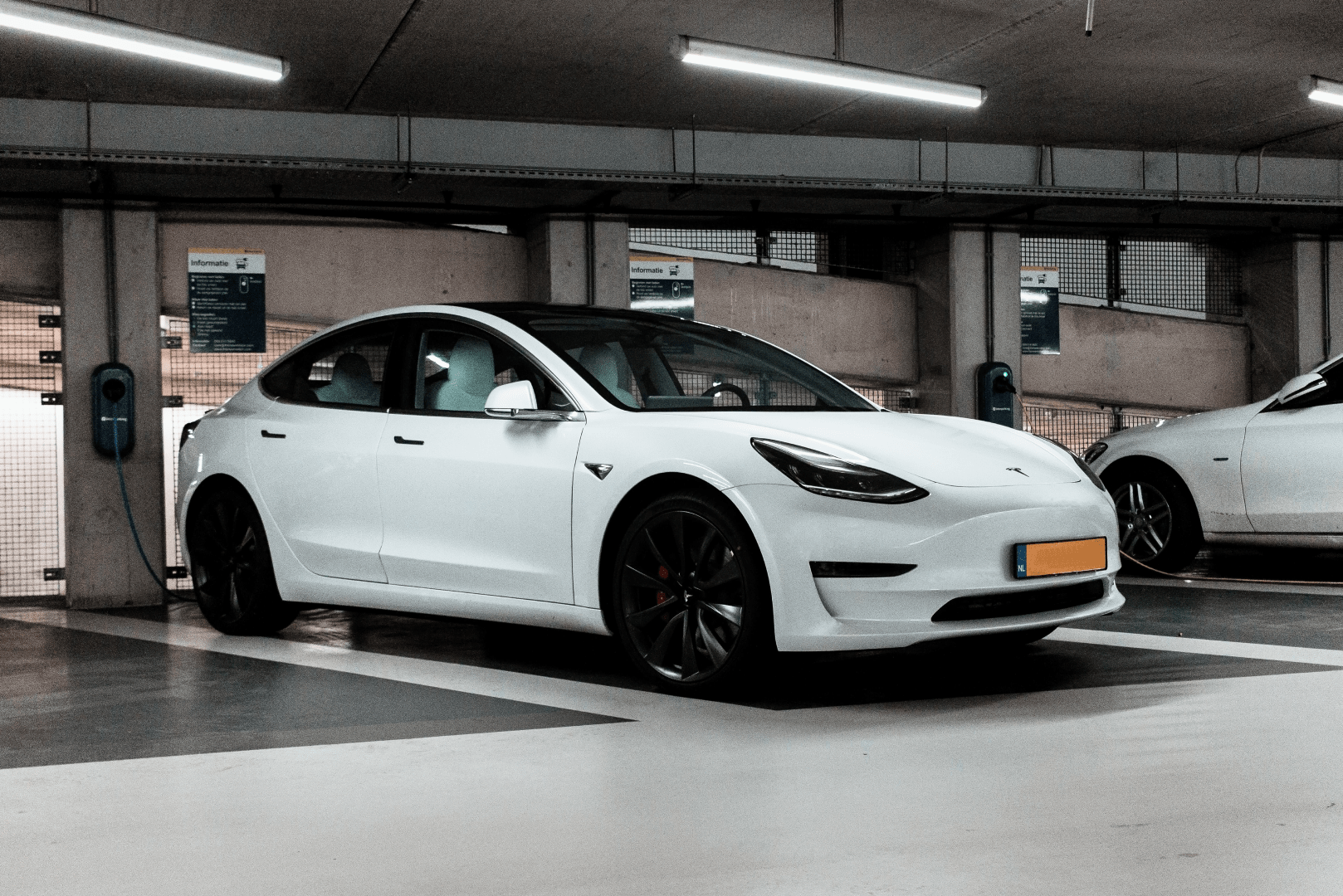 donde recargar coche electrico barcelona